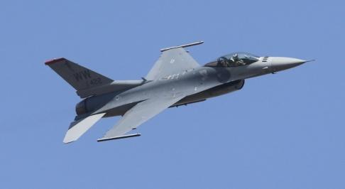 Aijaz Rahi/AP/TT Ett F-16-plan. Arkivbild.