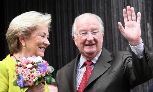Yves Logghe/AP/TT Belgiens tidigare kung Albert med den tidigare drottningen Paola. Arkivbild från 2013.