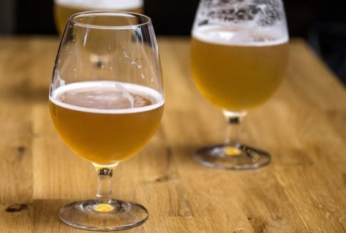 Christine Olsson/TT Forskarna vill använd gamla tillverkningsmetoder och kanske även framställa öl för försäljning. Arkivbild.
