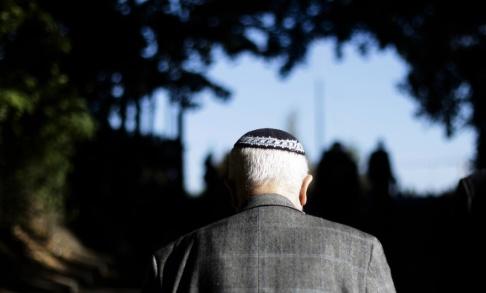 Markus Schreiber/AP/TT Antisemitiska brott ökade med 20 procent i fjol, vilket oroar tyska regeringen. Arkivbild.