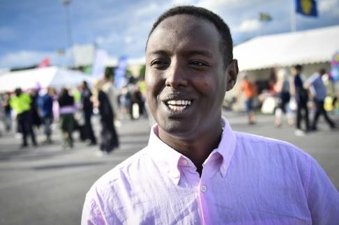 Marcus Ericsson/TT Ahmed Abdirahman på Spånga IP under politikerveckan i Järva 2017.