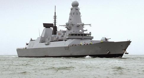 Ben Sutton/AP/TT Den brittiska jagaren HMS Duncan skickas till Persiska viken efter ökade spänningar. Arkivbild.