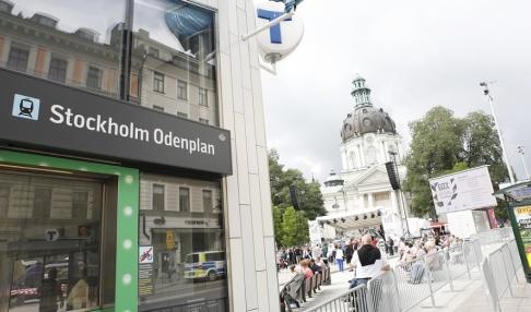 Christine Olsson/TT En man föll från ett tak vid Odenplan i Stockholm. Arkivbild.