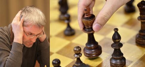 HENRIK MONTGOMERY / TT Grandmaster Igors Rausis avslutar nu sin karriär efter en bild där han använder sin telefon på toaletten mitt under en schackturnering har dykt upp. Bild på Igors Rausis från Wikipedia.