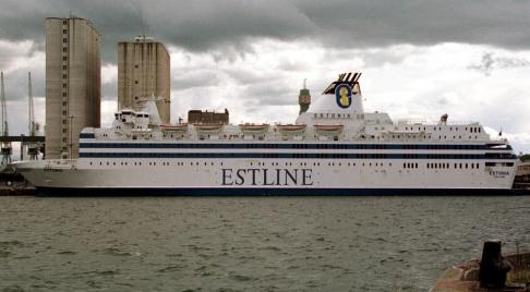 Bertil Ericson/TT Fartyget M/S Estonia vid kaj i Stockholm 1993, året före olyckan. Värtahamnen