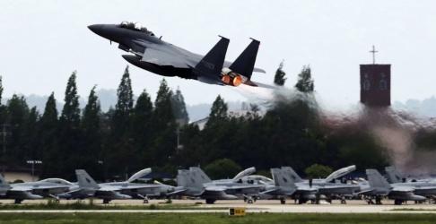 Park Chul-hong/AP/TT Ett sydkoreanskt jaktflygplan. Arkivbild.
