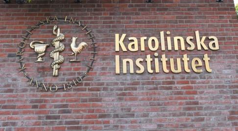 Fredrik Sandberg/TT Svenska kyrkan uppmanas att be Karolinska institutet återbörda finska kranier. Arkivbild.
