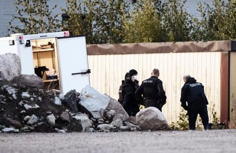 Roni Rekomaa/Lehtikuva/AP/TT Två poliser skottskadades i Borgå i Finland natten mot söndag.