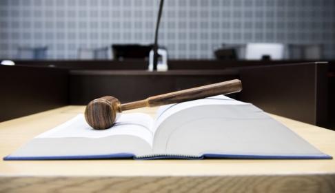 Henrik Montgomery/TT Kronofogden och Ekobrottsmyndigheten ska försöka få tingsrätten att ge fler bolagsmålvakter näringsförbud genom en förändrad strategi. Arkivbild.
