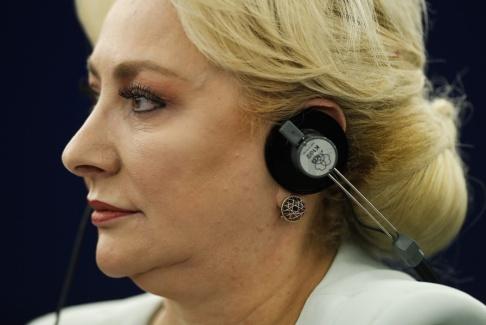 Jean-Francois Badias/AP/TT Rumäniens premiärminister Viorica Dancila. Arkivbild.