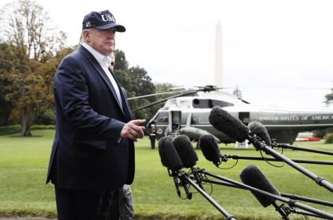 Jacquelyn Martin/AP/TT Donald Trump skulle ha åkt till Camp David i Maryland för att fredsförhandla med talibanerna på söndagen. Men nu blir det inget av det.