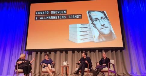 """Lars Pedersen/TT Intresset var stort när Edward Snowdens biografi """"I allmänhetens tjänst"""" släpptes på Rivals stora scen i Stockholm."""