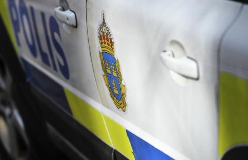 Johan Nilsson/TT Polisen utreder stenkastningen som försök till grov misshandel och skadegörelse. Arkivbild.