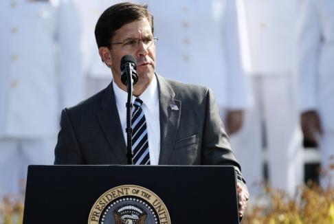 Patrick Semansky/AP/TT USA:s försvarsminister Mark Esper utanför Pentagon tidigare i september.