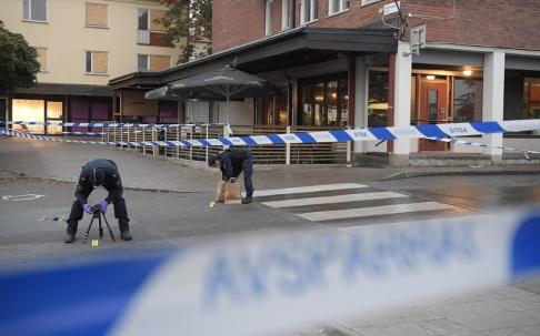 Janerik Henriksson/TT Avspärrningarna efter skottlossningen i Märsta.