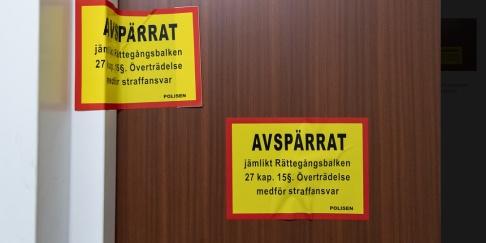 Johan Nilsson/TT Den misstänkta brottsplatsen har spärrats av. Arkivbild.