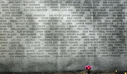 Jack Mikrut/TT På bilden syns ett minnesmärke för dem som omkom. Arkivbild.