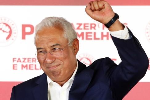 Armando Franca/AP/TT Portugals premiärminister António Costa på sitt parti PS valvaka.