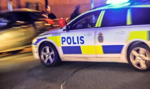 Anders Wiklund/TT En kvinna fick föras till sjukhus och två män jagas misstänkta för misshandel i Landskorna. Arkivbild.