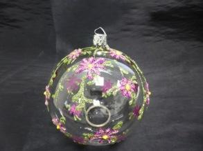 Glaskula med blommor