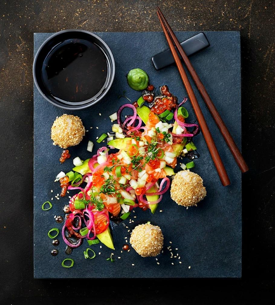 Sashimi på salmalax-ponzu