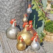 Höna från Nääsgränsgården guld, silver och koppar