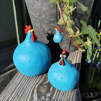 Höna från Nääsgränsgården blå - Höna liten blå h 5,2 cm