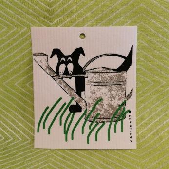 Komposterbar disktrase med motiv trädgårdshund - Disktrase trädgårdshund
