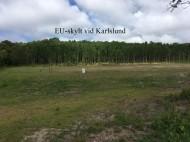 EU-skylt vid Karlslund  på avständ 2019-07-09