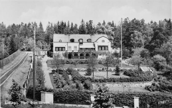 Villa Brevik som privatbostad 1930-talet. Vykort ur Sten Schüsslers samling.