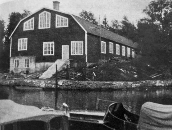 Den stora varvshallen på Sjöexpress varv, nybyggd 1919. Foto ur C-H Ankarbergs samling.