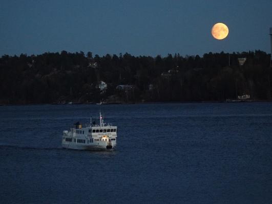 Supermåne utanför Gåshaga, sist det begav sig. Foto: Jan Sjöberg.