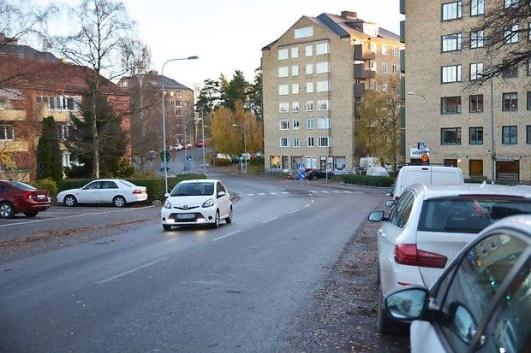 Bodalsvägen är en av de vägar som kommer att få boendeparkering på prov. Karta finns på stadens hemsida.