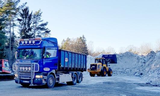 Snötippning i Trolldalen nedanför Trolldalstippen. Foto: Kerstin Norberg.