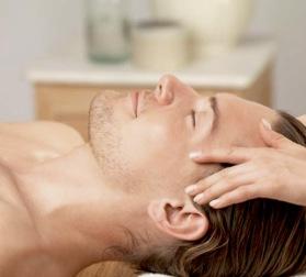 Ansiktsbehandling för män hos Clerskin Clinic i Halmstad