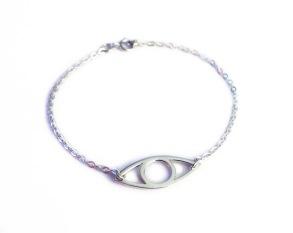 Eye armband, handgjort i silver. - 17 cm