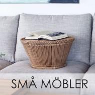 Små möbler, litet bord i bambu i en soffa