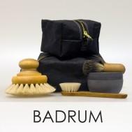 Badrumsartiklar, badborste, rakborste och ansiktsborste