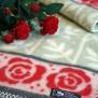 Filt Rosengård, röda rosor