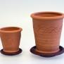 Slinga - mindre terracottakrukor med fat - Mellan - H 11,5 cm, Diam 10 cm