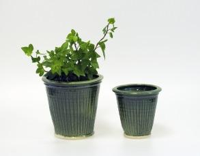 Tidlösa - handdrejade krukor gröna - H12 cm diam 13