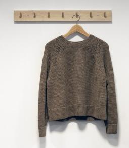 Naja kamel, stickad tröja i lama ull - Stl M