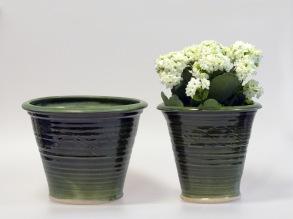 Slinga - krukor i grön glasyr - Bred kruka H 16 cm, Diam 20,5 cm