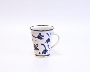 Blå blomma - handdrejad mugg -