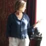 Kort kavaj / blus marinblå i linne med klädda knappar - Kort kavaj / blus marinblå i linne med klädda knappar stl 44