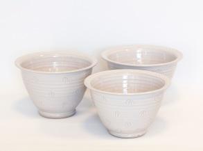 Q - handdrejad skål - Q - skål. H 10 cm Diam 18,5 cm