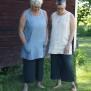 Linnetunika med fickor, utan ärm. Ljusblå