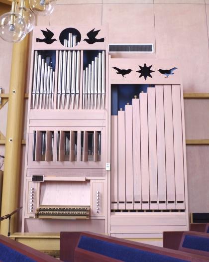 Orgel i Heliga ljusets kyrka foto Michael Eriksson