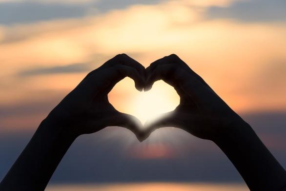 Människor healar människor genom kärlek