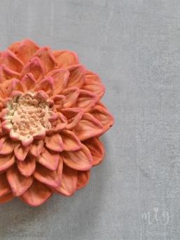 Mixa Chalk Paint™ kulörer och få ditt föremål precis som du vill.